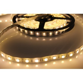 Tira de led flexible de 5 metros SMD 5050 60 led / m 5.400 lúmenes alta luminosidad HQ Blanco cálido protección IP65