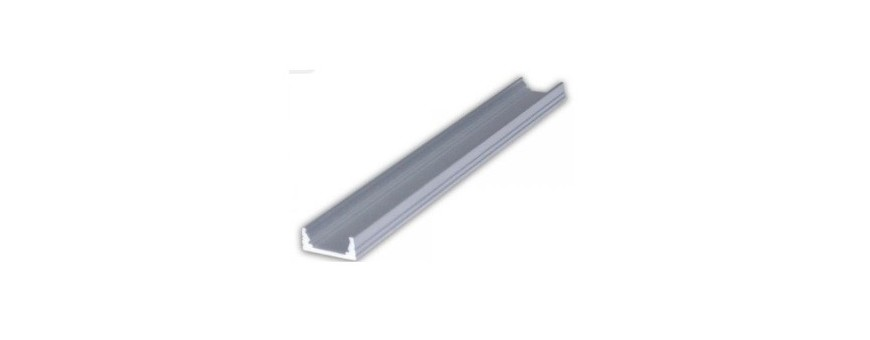 Perfil de aluminio de la serie Basic. Modelo para superficie.