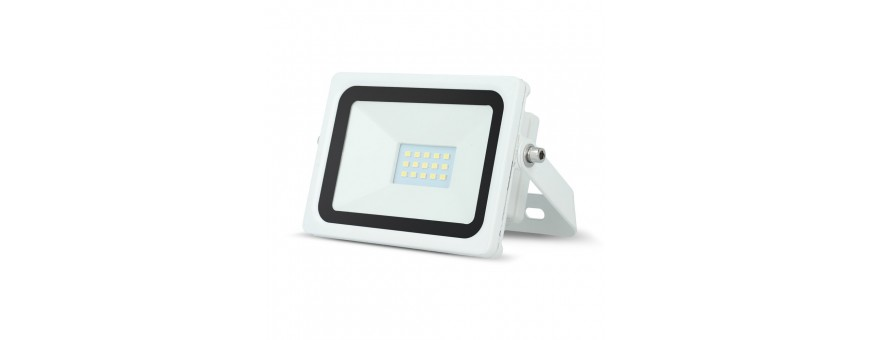 Focos serie EVO, color blanco LED bajo consumo